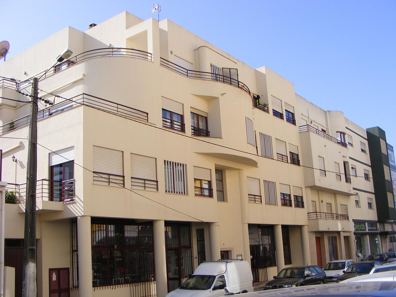 Edifício Multifamiliar – Rua Dr. Francisco Sá Carneiro – Benedita