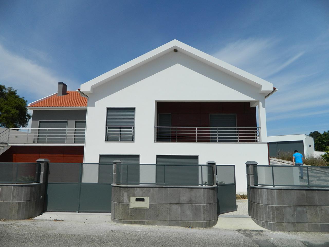 Single Family House Reconstruction – Rio Maior
