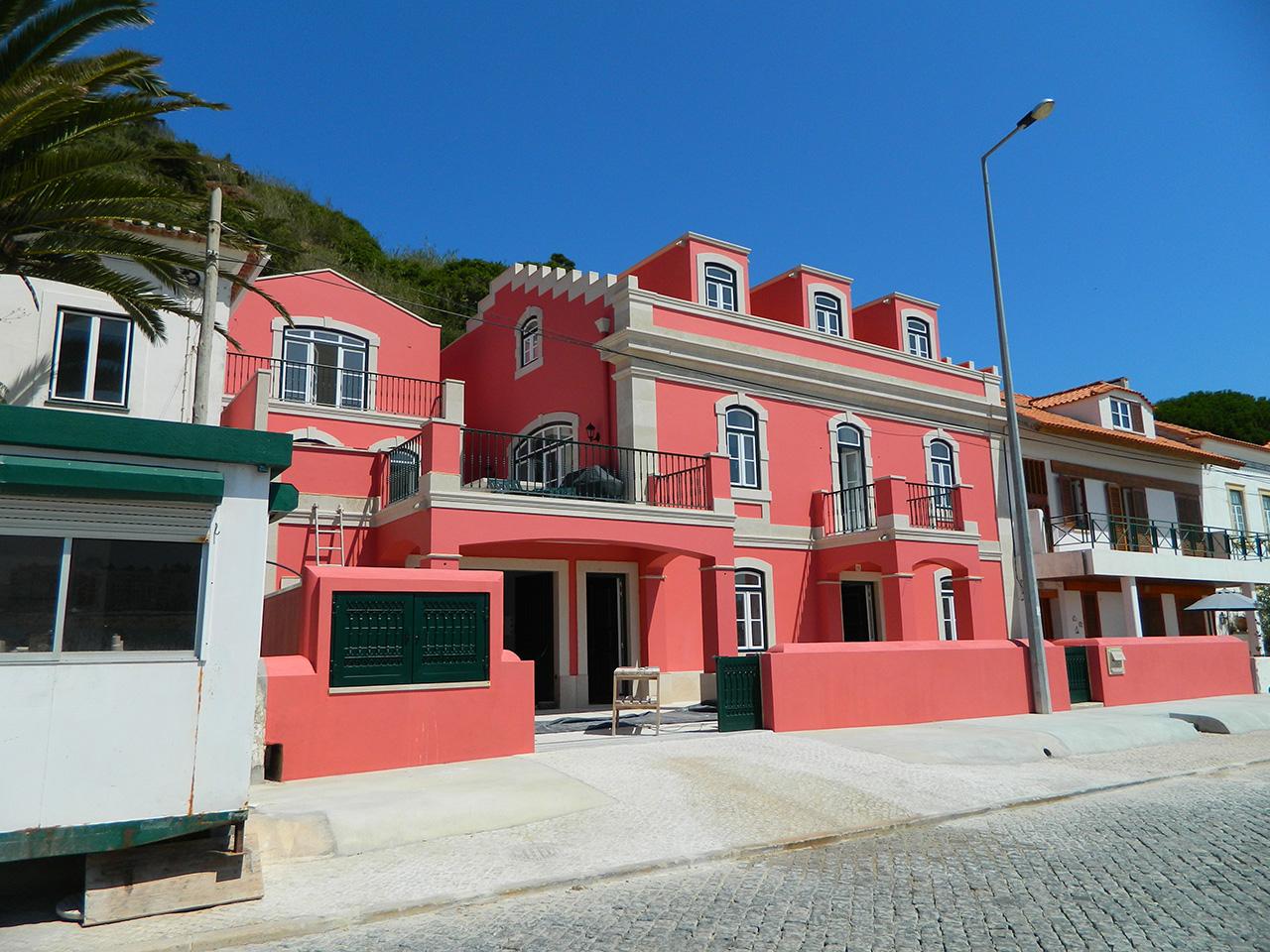 Single Family House Reconstruction – São Martinho do Porto